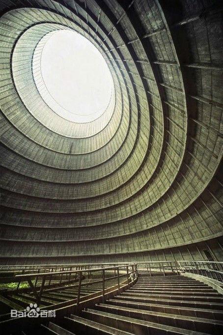 废弃的发电站冷却塔(比利时蒙斯)