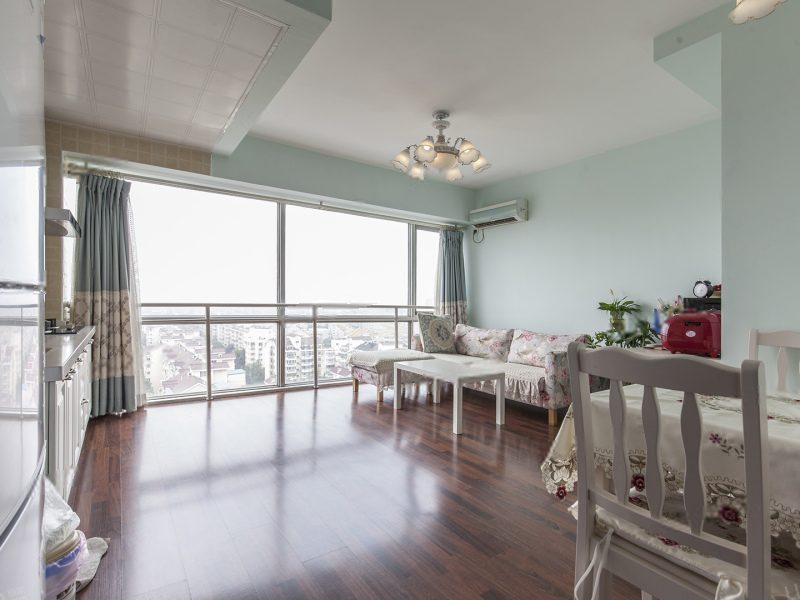 《拥金1.点》东晶国际 一居室 高楼层视野好 看房随时