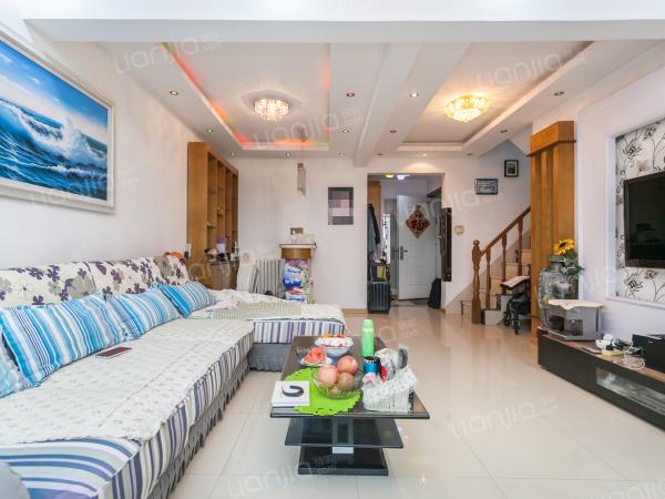 为你而选为你为家 蓝海 复式房,两个卧室,楼上楼下卫生间