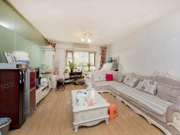 为你而选为你为家 都会华庭满5年两居室业主家庭就这房