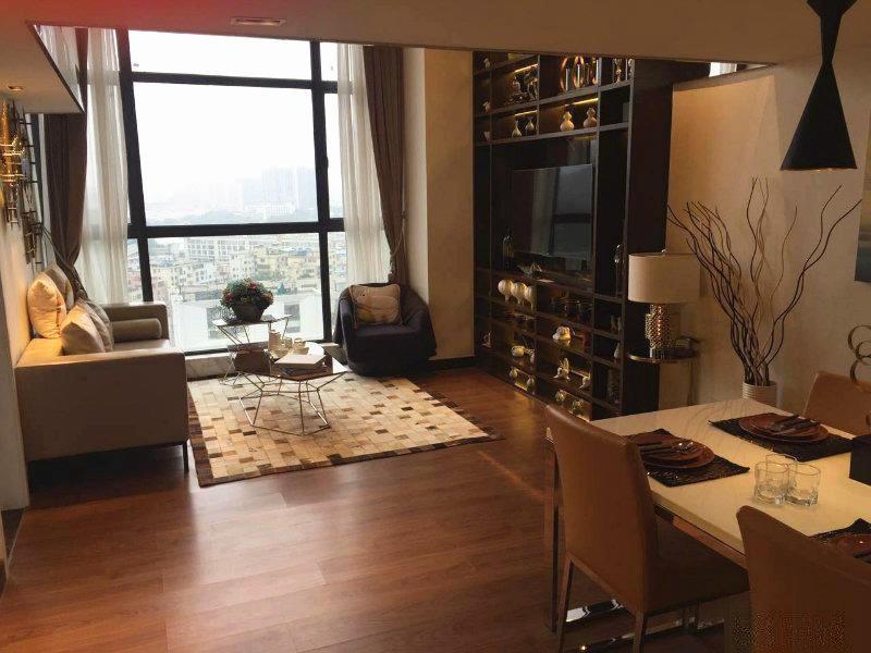 江新城柏林国际稀.缺小面积复式公寓急售 带6500租约出售