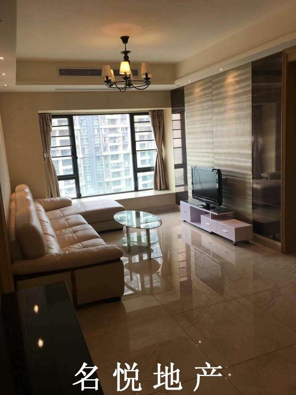 保利天悦 证过2年 交易方便  2房 仅售380万 高层