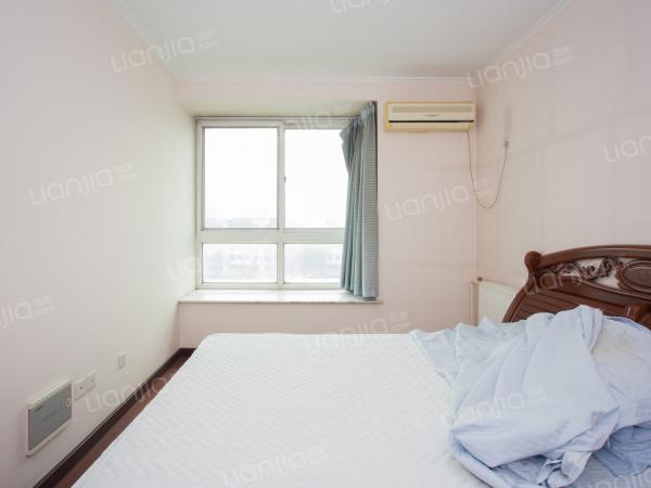 为你而选为你为家 北欧印象,南向三居,满五年,看房随时。
