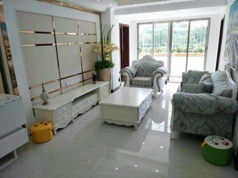 林和西 近广州体院 东河苑  精装4房 楼梯低层 华阳