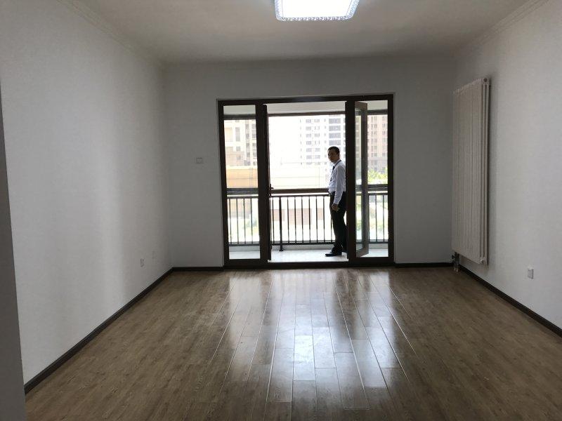 简单的操作流程,舒适的居住环境!坐在房间里可以荡秋千的房子