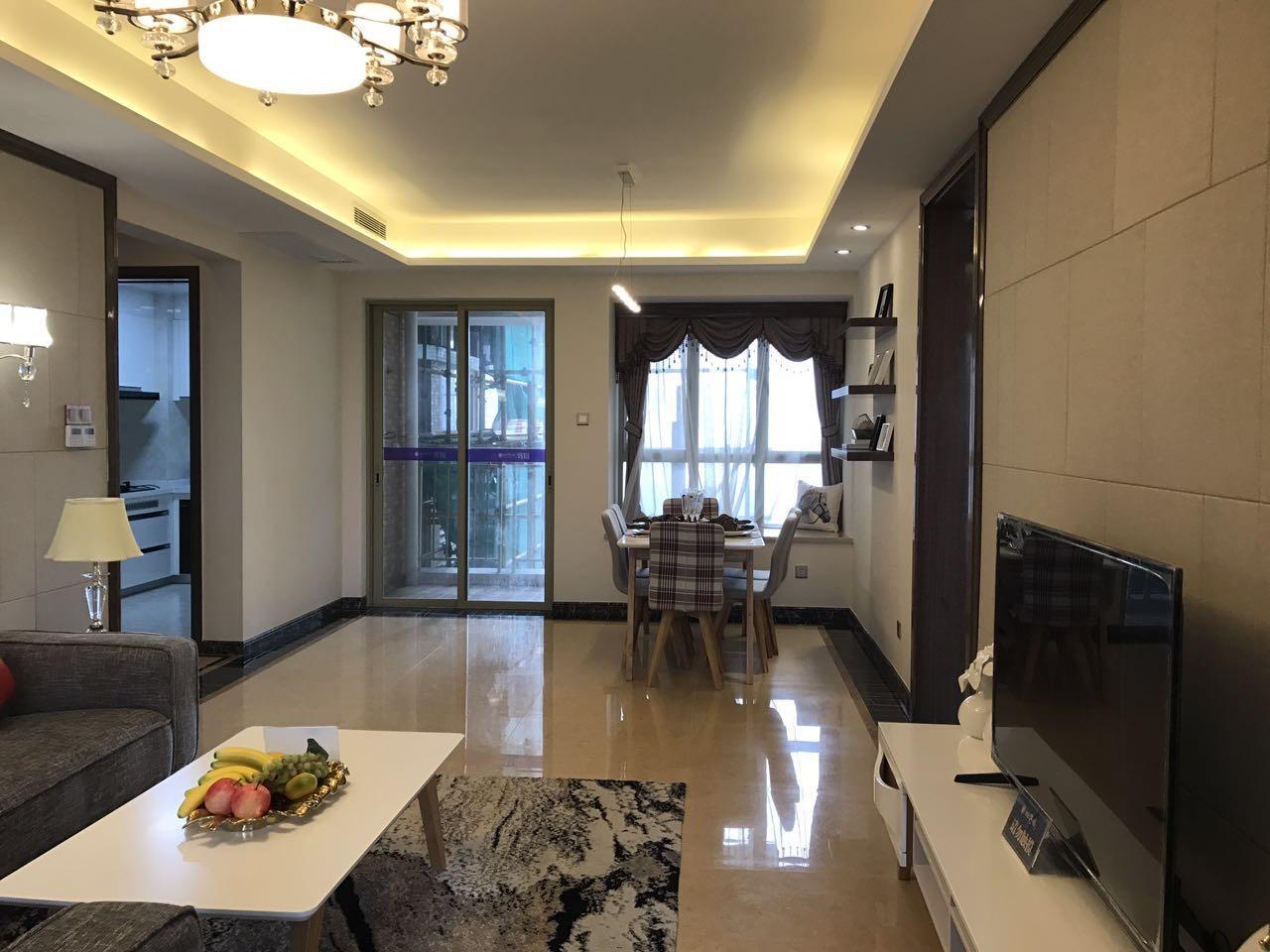 广州雅居乐花园十年小雅 带130平私家大露台  装修