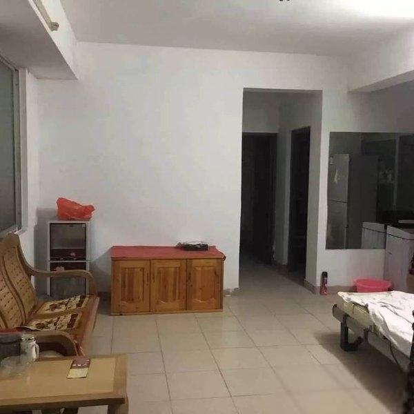 华侨城2室97万元!高品味生活从点击此房开始!低于市场价出售!