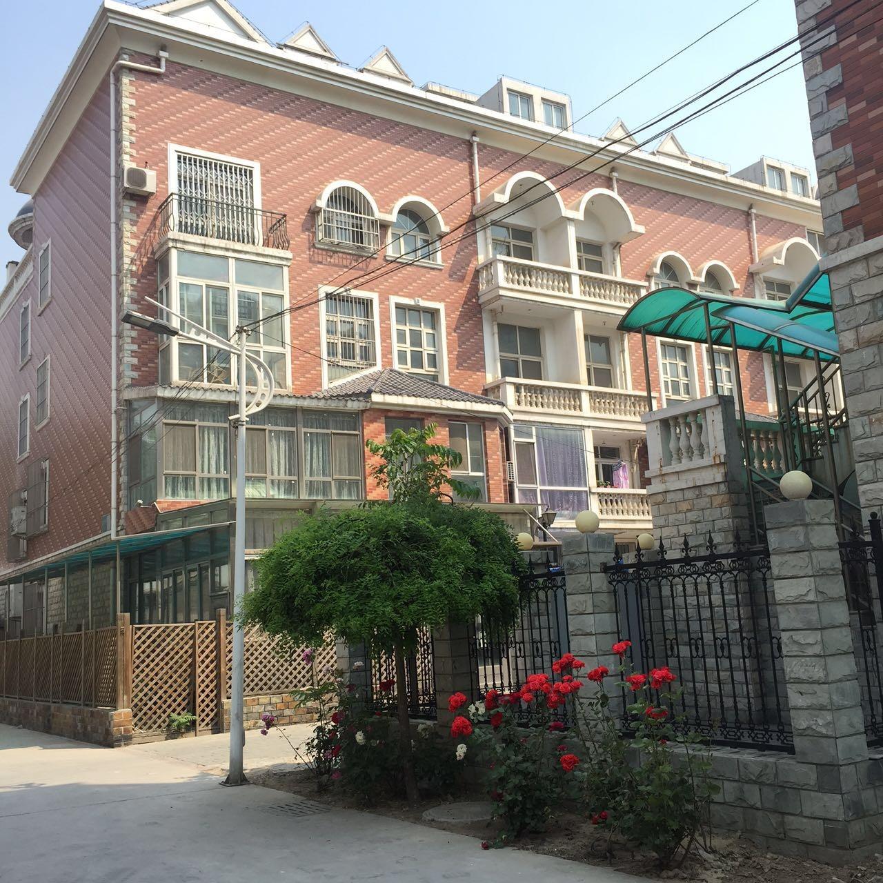 太·玉·园西区叠拼别墅 260平送80平大露台纯精装价位惊人