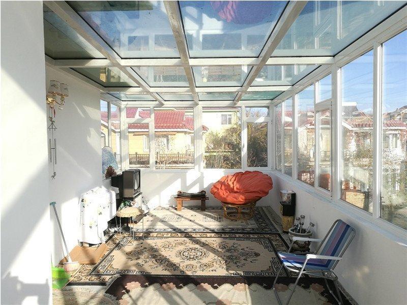 独栋 一层两个南北老人房  满五年  欧式精装 花园200平
