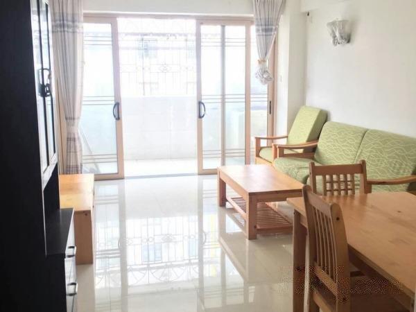 东成花园 精装修大两房 户型方正实用总价低 看房方便