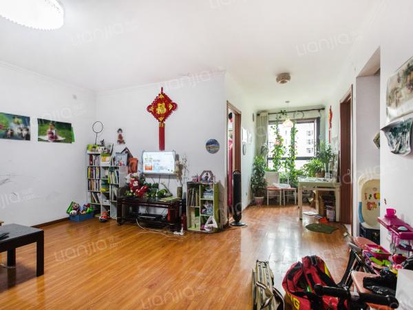 为你而选 华业东方玫瑰 西南向一居室 户型方正 精装修