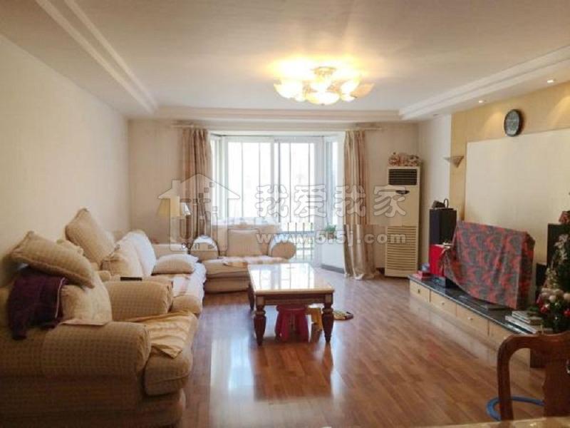通达园136平米三居室出售满五年