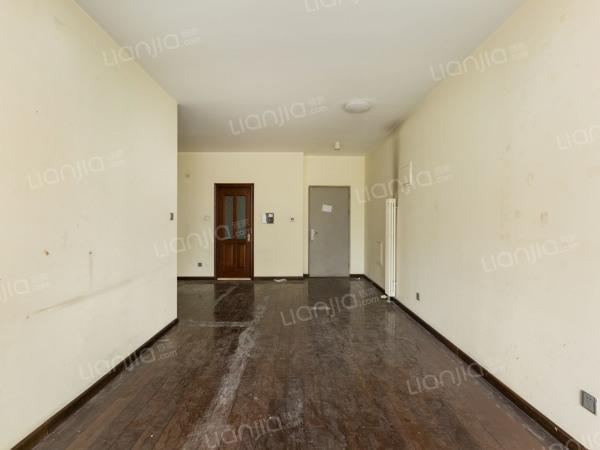 为你而选 南向三居室 落地窗 客厅敞亮 无遮挡