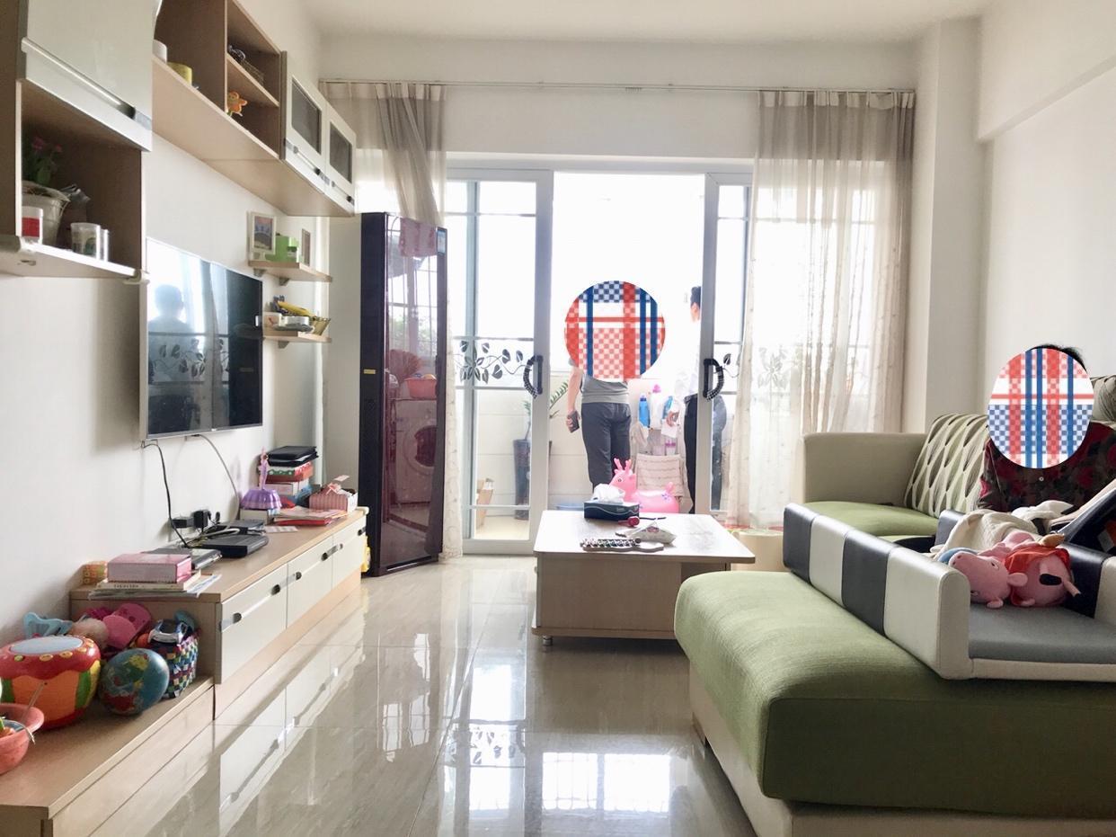 长福路 电梯三房 买房送家电 产权清晰 急卖328万