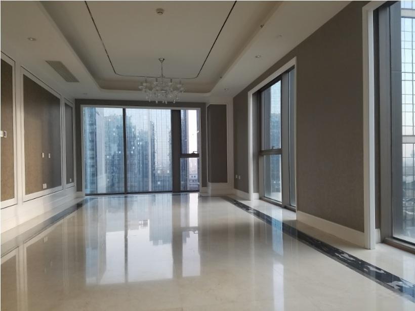 注意!林肯公园B区 从未住过的新房出售 148平米 诚心出售