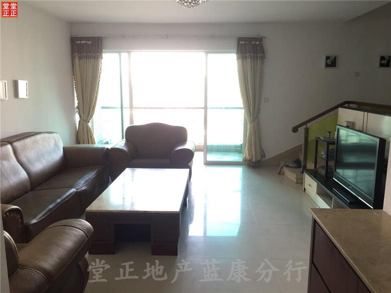 华标涛景湾滨江中一线望江  正规四房两卫 使用率高达85%。