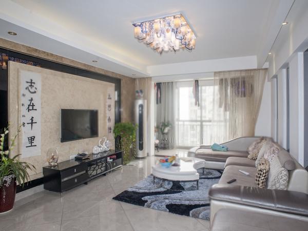 天雅居 4室 空间布局有致 和谐有序 你梦寐以求的家