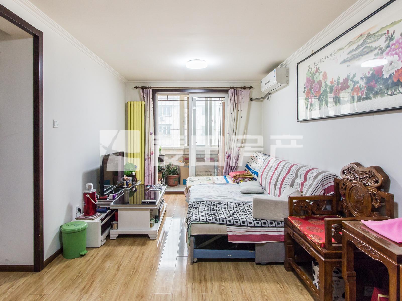 百旺新城+中高楼层+满五年+商品房+南向一居室+看房预约
