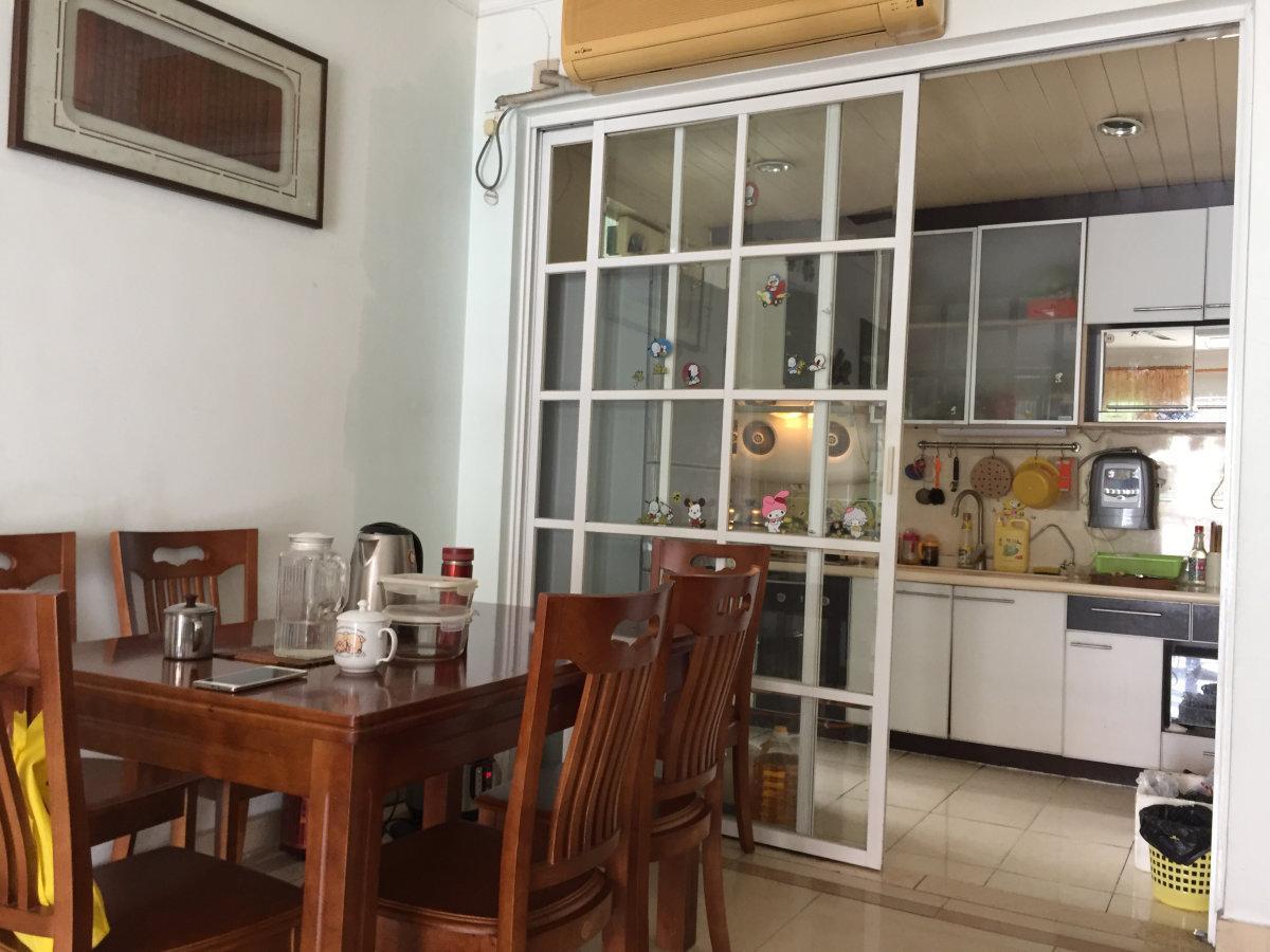 祈福新村蝶舞轩南向三楼实用三房证满五年可带家私业主工作调动