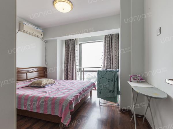 为你而选 :东晶国际 一居室 高楼层视野好 看