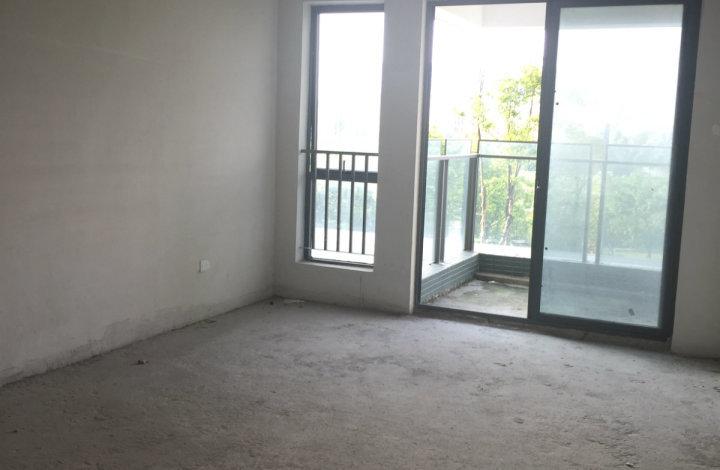 嘉汇城 大三房 学位房 大型社区 绿化幽美 安全性高 位置安静