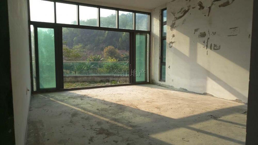 雅居乐剑桥郡 一期501方带电梯别墅  花园超级大