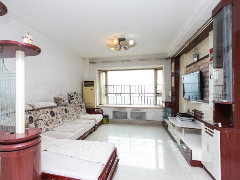 怡海花园四期两居室 满五年无个税 户型方正 中楼层