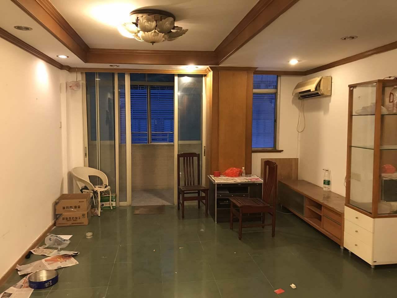 只发真房源:广利路小区5层,共9层2室,朝向:朝南通透的好房
