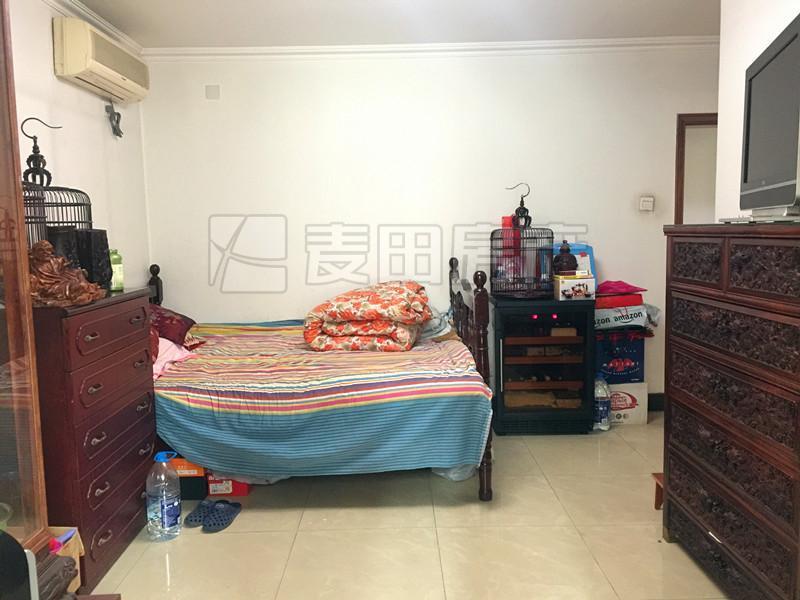 广顺园 3室出售 户型方正 南北通透 一层无遮挡 预约看房