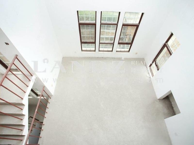北五环独栋别墅,客厅高度7.5米 +正南北朝向 +花园400平