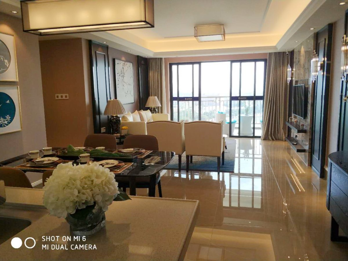 均安金湾豪庭,电梯精装3房,一线江景房, ,周边配套全