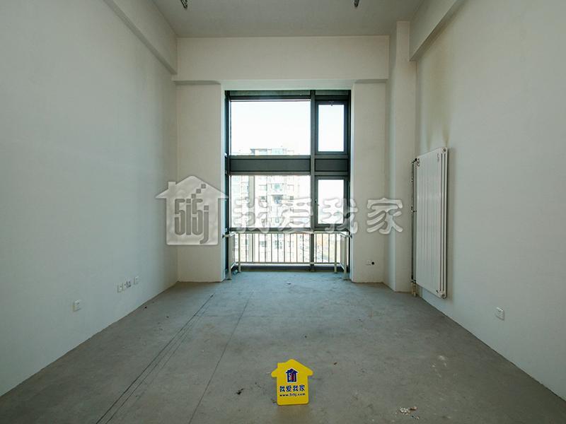艾迪城 中粮祥云 LOFT有钥匙 不限购 有房本 产权清晰
