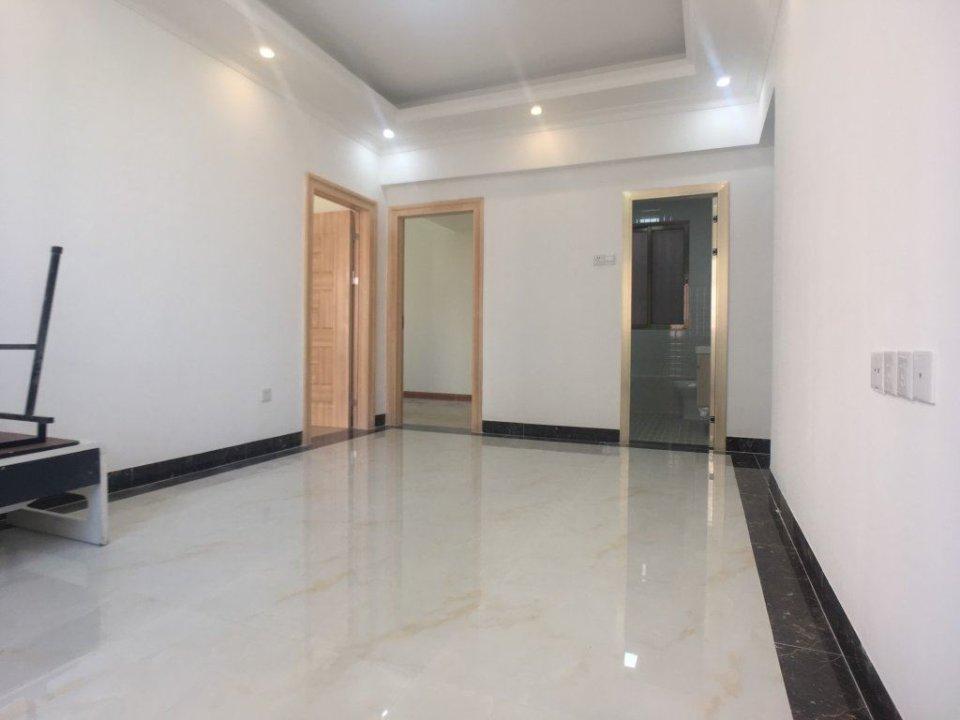 晖景大厦 电梯精装两房 户型方正 单价超笋只售楼梯价