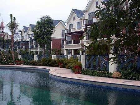 天河 合生帝景山庄 5室 带150平私家花园 带泳池 双车位