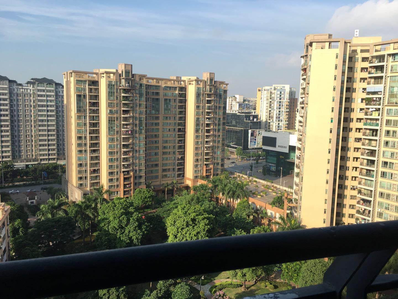 锦东花园B区 喽王位置 222方5房 阳台无遮挡 广场地铁口