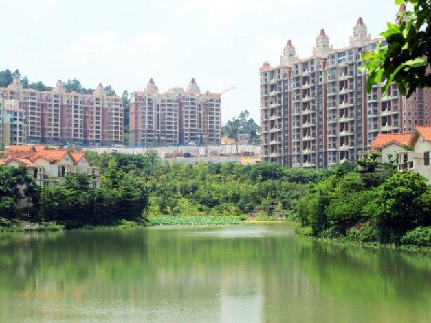 南沙奥园 临湖联排别墅 位置安静 环境优美  随时看房 500万