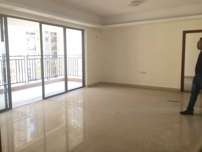 金泽豪庭   3室  南北通透超好户型  房主直降268万元