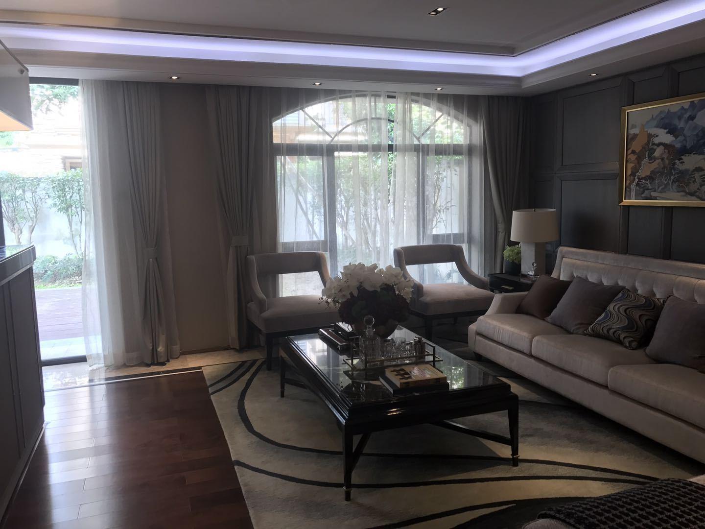 东方夏湾拿别墅5室472万元隆重出售,快快