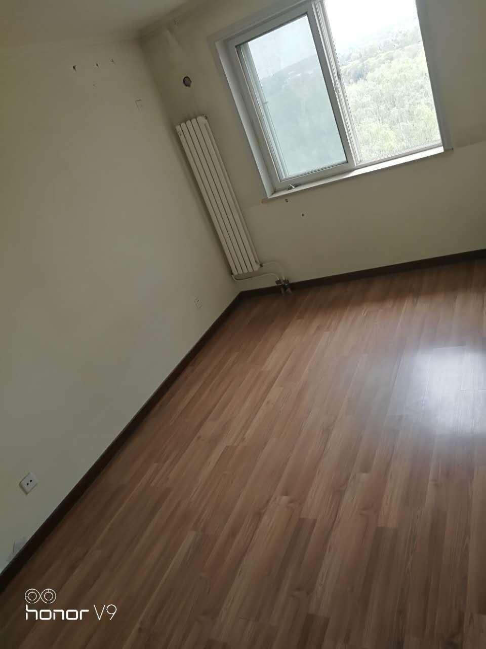 真实房源 环湖小镇n 南北通透两居室 88平米只卖145万 随时看