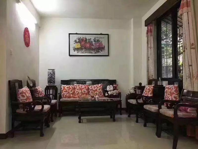 东川路学位 低层3房 全明屋 仅售330万 单价37000元/方