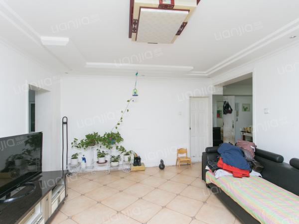 为你而选 怡海花园板楼,南北通透三居室,公摊小。