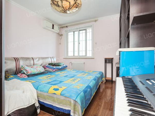 为你而选为你为家 东西通透,实用小3居, 修,只有1套住房,诚售!