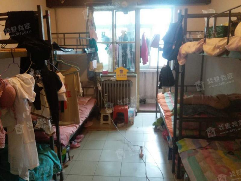 保福寺小区 南北通透三居室 周期快价格有惊喜