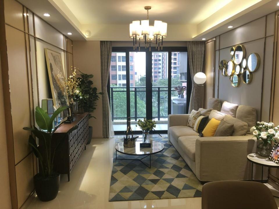 新收盘 亚运城天峯 新房内部转名 带学位 可公积金 随时看房