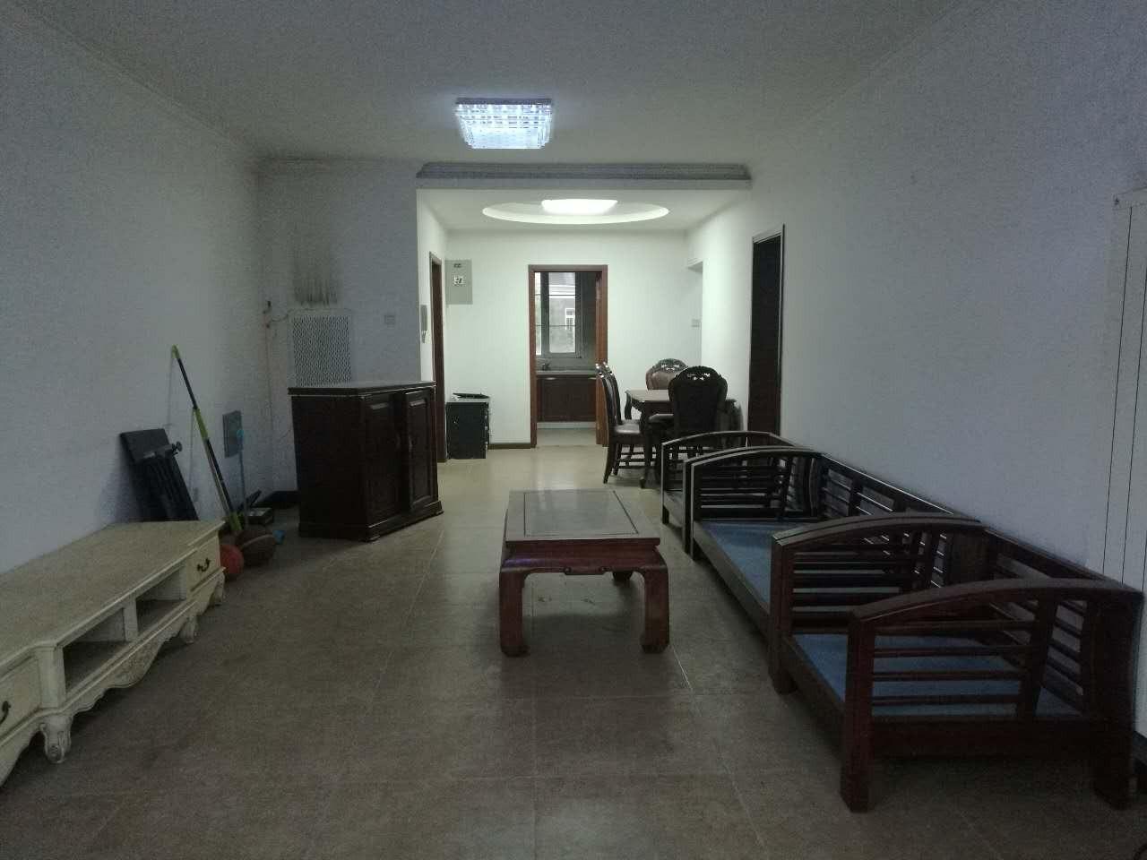 提香草堂 修正规两室两厅两卫位置不错前无遮挡难得的户型