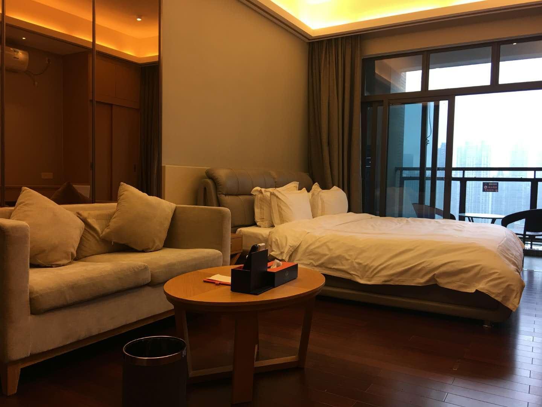 珠光新城国际 高层一房一厅 珠江公园旁稀有物业  30万售
