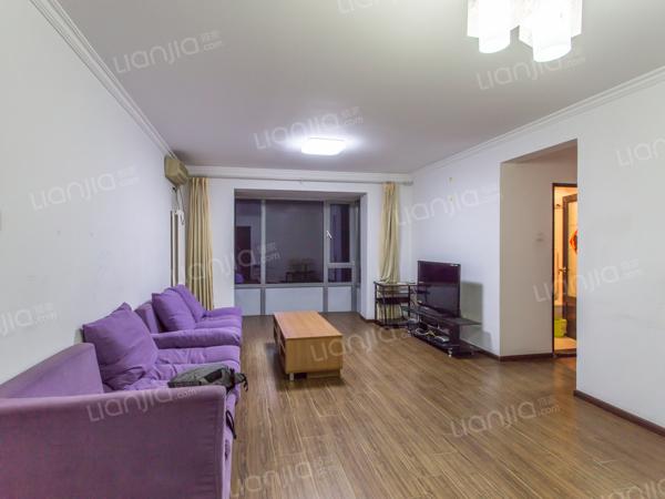 为你而选为你为家 京贸国际城户型好的两居室 诚售 有钥匙