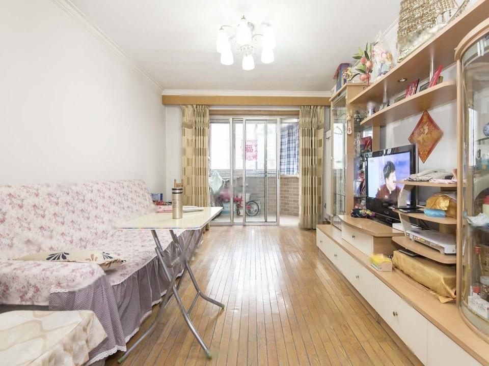 西辛南区,南北两居室,首付100万,业主已换房,诚心出售,地铁