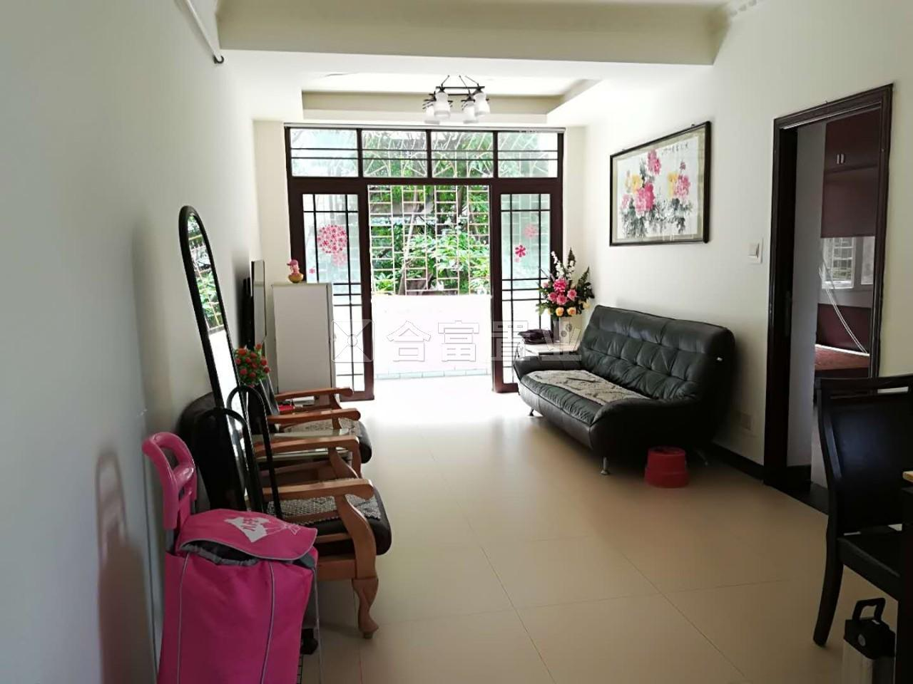 越秀南 低层正规两房可改三房 厅出南向大阳台 方正户型