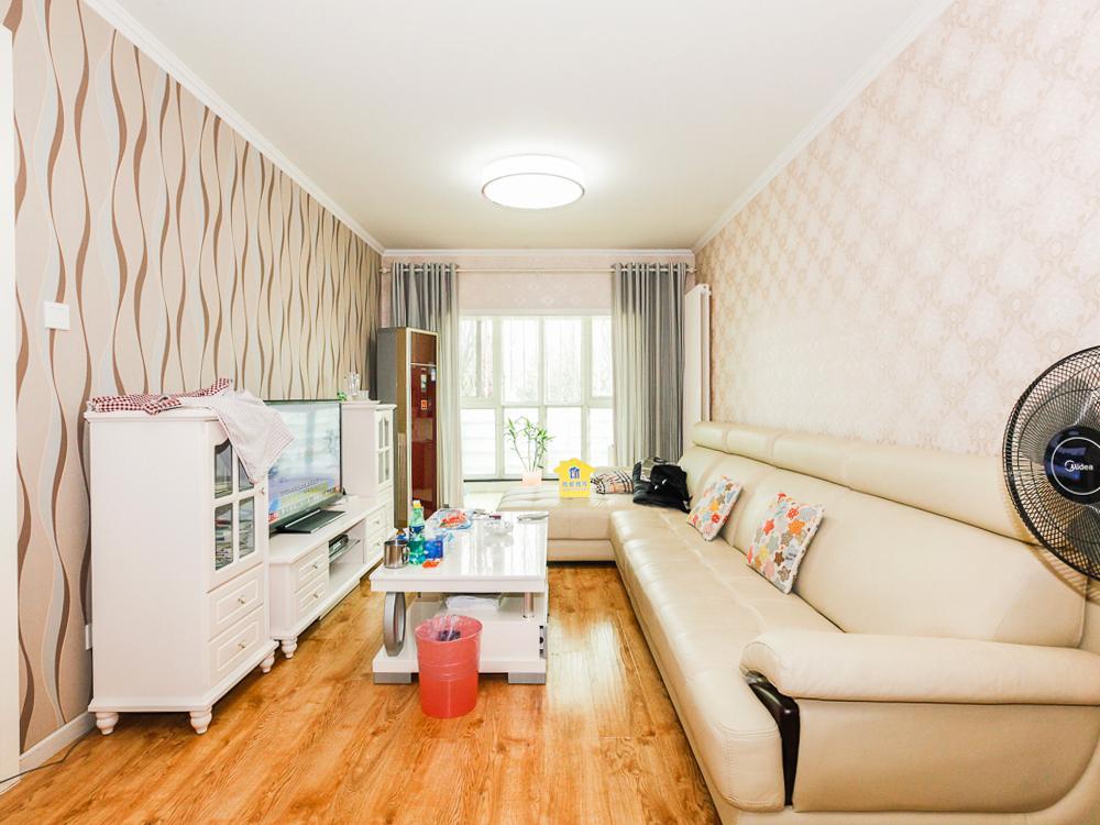 怡清园精装二居 低楼层 老业主的房子,诚心出售,看房有钥匙